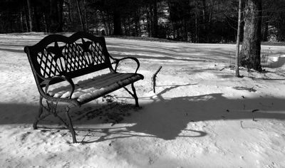 White Christmas bench