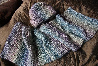 Hat and scarf set - tudor